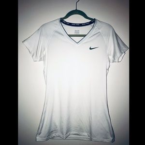 Nike pro dri-fit workout active short sleeve top